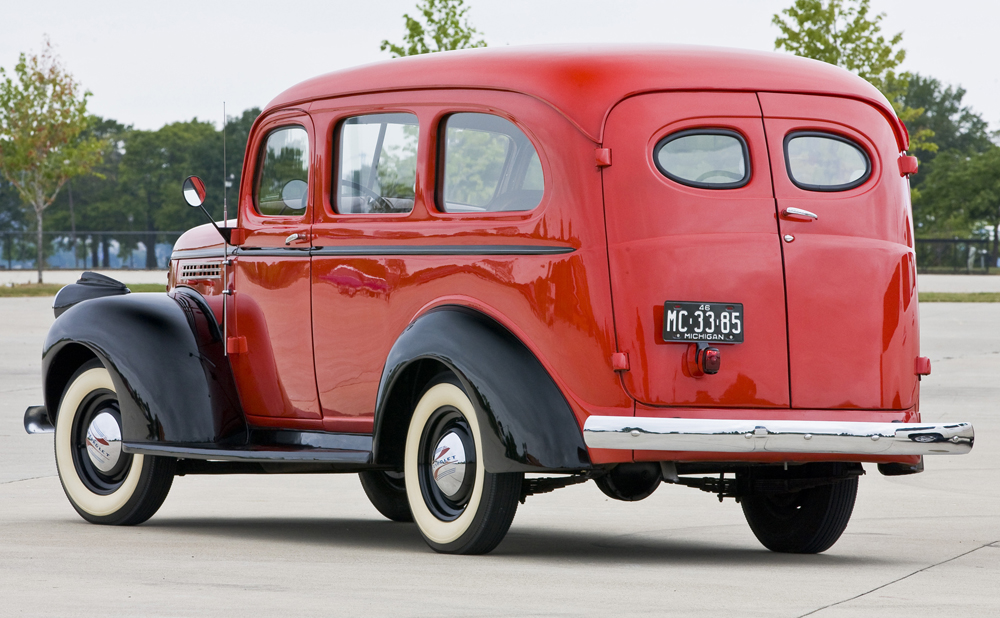 chevrolet suburban history generation 2 1941 1946